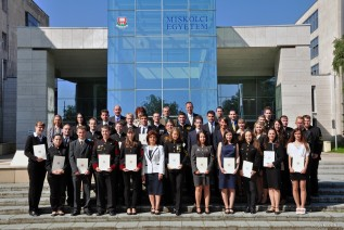Átadták az idei Köztársasági Ösztöndíjakat a Miskolci Egyetemen