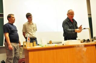 Látványos fizikai kísérletek az egyetemen