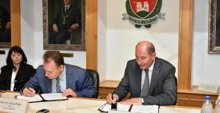 Együttműködési megállapodás született az Eperjesi Egyetemmel