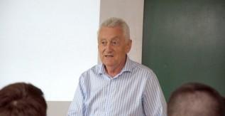 Kálmán Sándor chip tervező mérnök tartott előadást a Miskolci Egyetemen