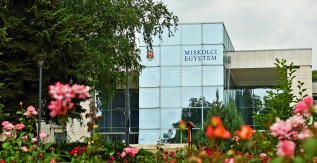 Hat éves rekordot döntött a Miskolci Egyetem